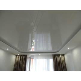 Натяжной потолок матовый многоуровневый, цвет белый