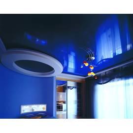 Натяжной потолок глянцевый, двухуровневый, цвет синий